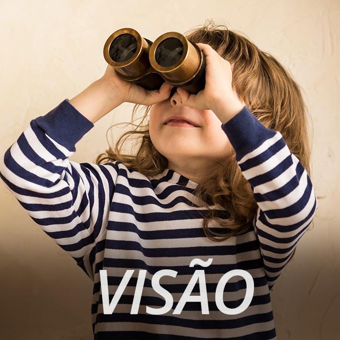 criança olhando através de binóculo